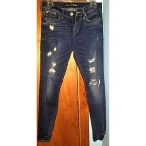 Express distressed mid-rise letting style jeans